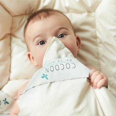Baby med ulddyne